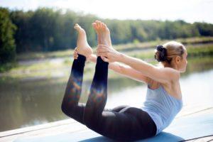 dhanurasanamin  shathayu ayurveda yoga retreat